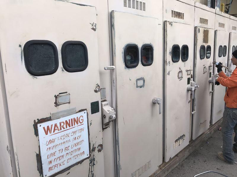 Industrial DOOR Cleaning