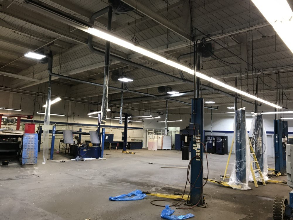 Commercial Ceilings and Walls Painting